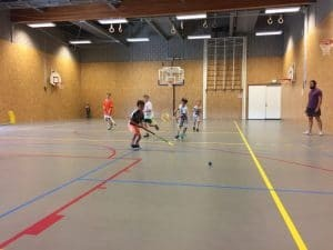 u8 en u10 off-ice training